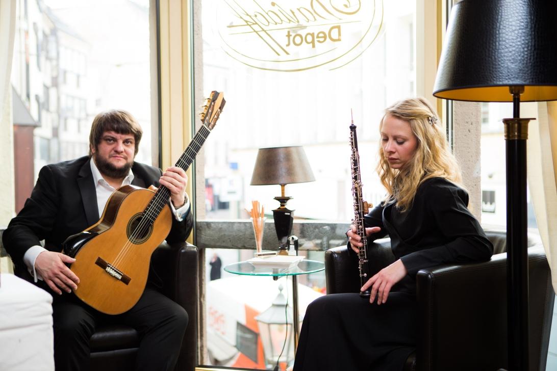 Davidek-Poyner-Duo Oboe klassische Gitarre