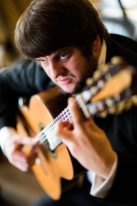 Russell Poyner classical guitarist
